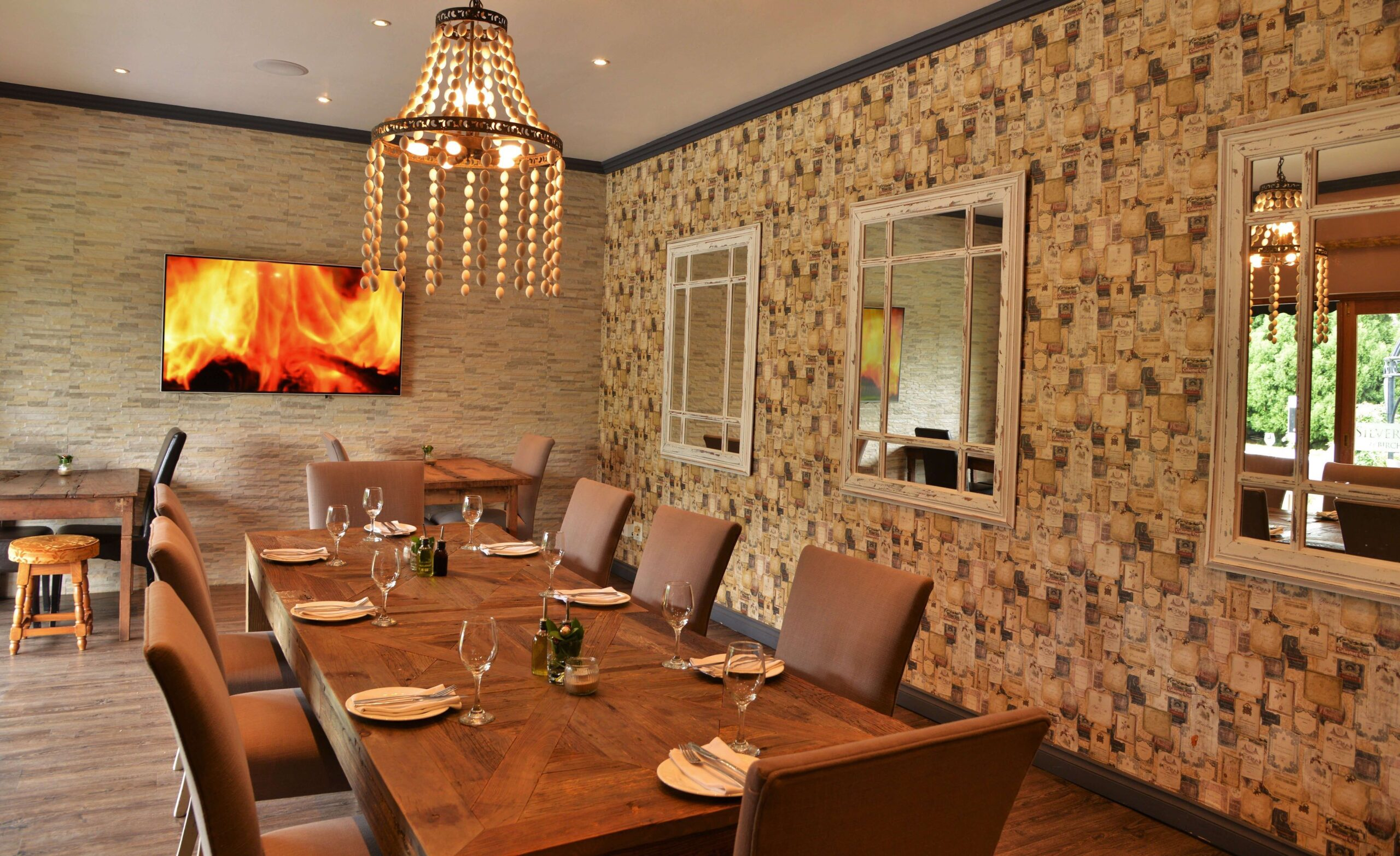 the grill restaurant dining table